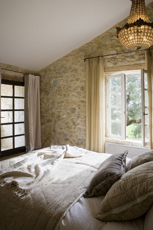 29 Romantic And Beautiful Provence Bedroom Dcor Ideas