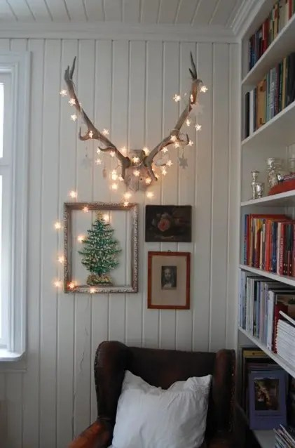 28 String Lights Ideas For Your Holiday Décor - DigsDigs