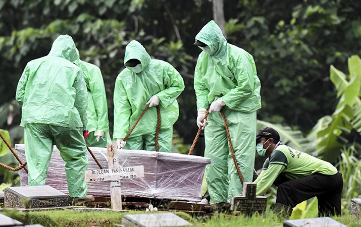 Pemakaman Ditolak Warga, Jenazah Pasien Covid-19 Sempat Bermalam di Rumah Sakit