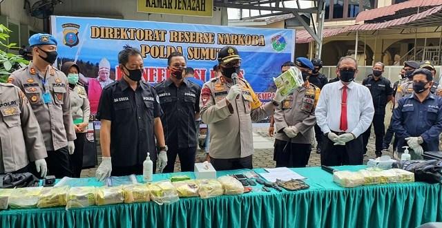 Polisi Baku Tembak Dengan Anggota Jaringan Narkoba Medan-Aceh, Satu Orang Tewas