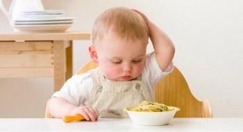 Peran Ayah Awasi Makanan Anak Penting Untuk Cegah Stunting