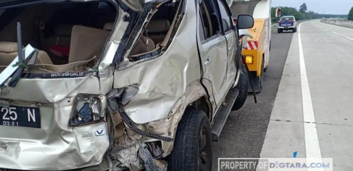 Mobil Pecah Ban di Jalan Tol Kualanamu-Tebing Tinggi, 1 Tewas dan 2 Luka