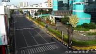 Minggu Pagi, Arus Lalu Lintas Menuju Pusat Kota Dan Lokasi Perbelanjaan Lengang Pengendara