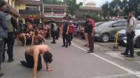 Demo di Medan Berakhir Ricuh, 231 Orang Pengunjuk Rasa Dibawa Ke Polda Sumut