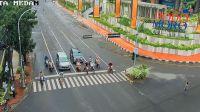 Sabtu Pagi, Pengendara Lengang di Persimpangan Putri Hijau