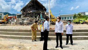 Tinjau di Sulbar, Jokowi: Bangunan yang Ambruk Karena Gempa Akan Dibangun