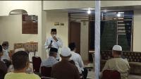 Gubsu saat memberikan kata sambutan di rumah duka meninggalnya ibu kandung Wakil Ketua KPK RI, Lili Pintauli Siregar, yakni Astaty Rohani.