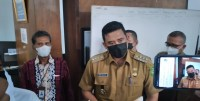 walikota nakes Walikota Medan, Bobby Nasution saat soft launching The Kitchen of Asia. (digtara.com/satria hadhi)