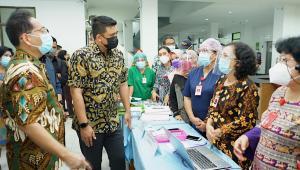 Sidak ke RSUD Pirngadi Medan, Bobby Temui Banyak Permasalahan