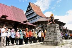Wisata Lompat Batu Nias Selatan Bakal Masuk Warisan Dunia Unesco