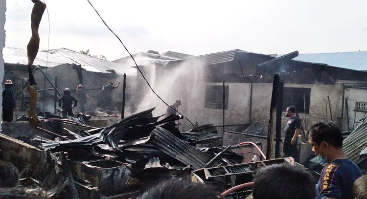 Tiga Rumah di Medan Terbakar, Diduga Ditinggal Saat Memasak Kue Lebaran