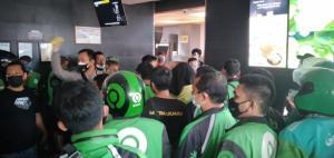 Akibat BTS, Driver Online Serbu Restoran Cepat Saji