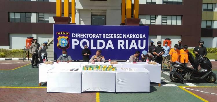 Penyelundupan 19 Kg Sabu dan 500 Butir Ekstasi Berhasil Digagalkan Polda Riau dan Bea Cukai Bengkalis