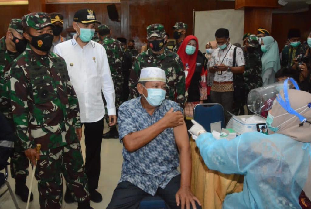 Pangdam I/BB: Yakinkan Vaksinasi Massal dan Penerapan PPKM Kota Dumai Maksimal