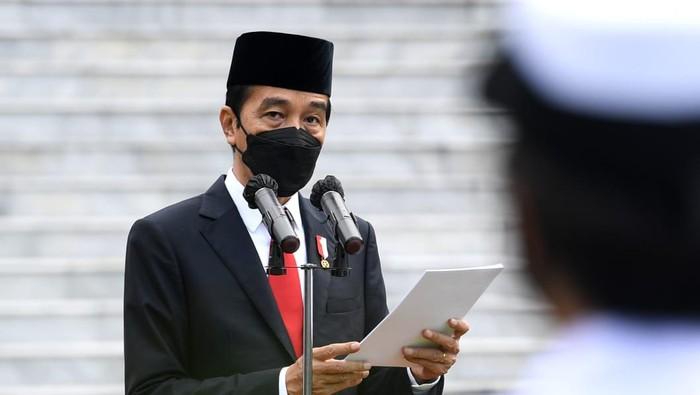 jokowi bagi-bagi paket obat gratis Mau PPKM Dilonggarkan
