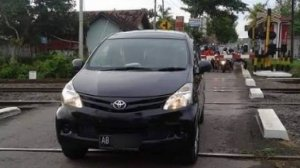 Anggota Polisi Digerebek Warga Sedang Berduaan dengan Istri Orang di Dalam Mobil