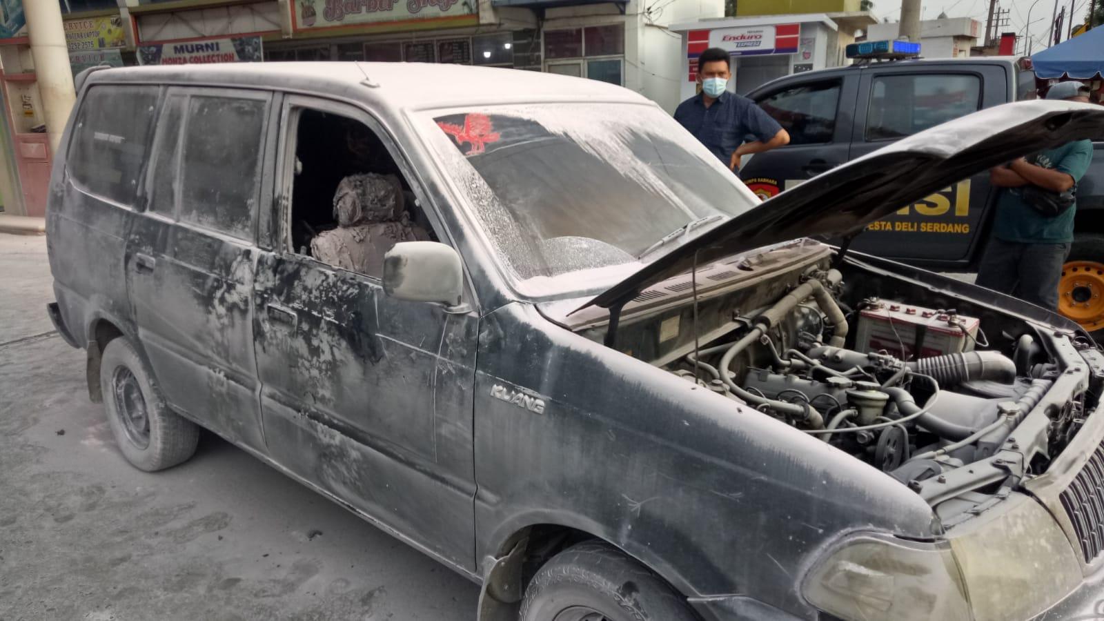 Mobil Kijang Pengangkut BBM Terbakar di SPBU Lubukpakam, Begini Kondisi Sopir dan Kernetnya