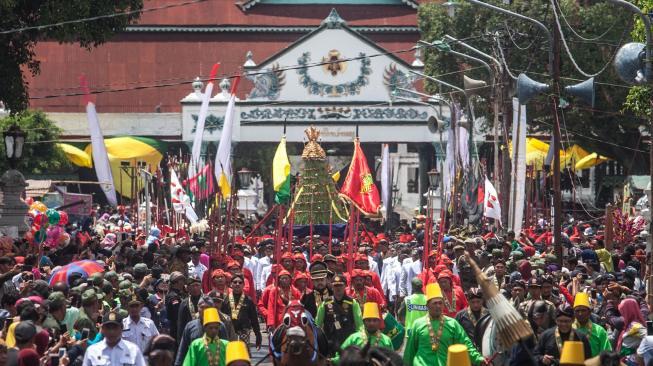 Beda-beda! Tradisi Perayaan Maulid Nabi di Indonesia, Nomor 6 Paling Asik