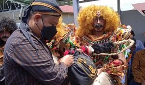 Kabareskrim Polri Bantu Pekerja Seni di Asahan yang Terdampak Pandemi Covid-19