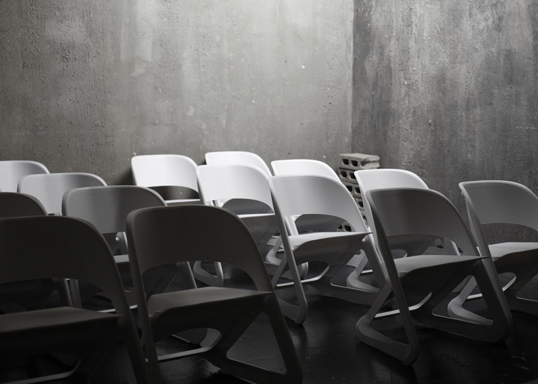 Sleeed_chairs_by_Centimeter_Studio_0