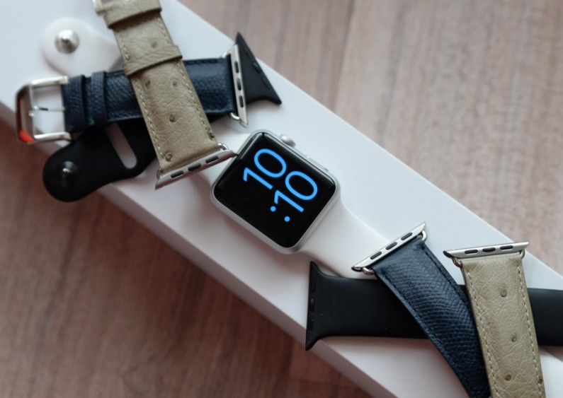 Test Apple watch bracelets camille Fournet