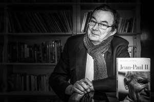 Bernard Lecomte, meilleur écrivain-journaliste de l'année