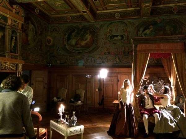 François 1er avec courtisanes Château d'Ancy le Franc Bis
