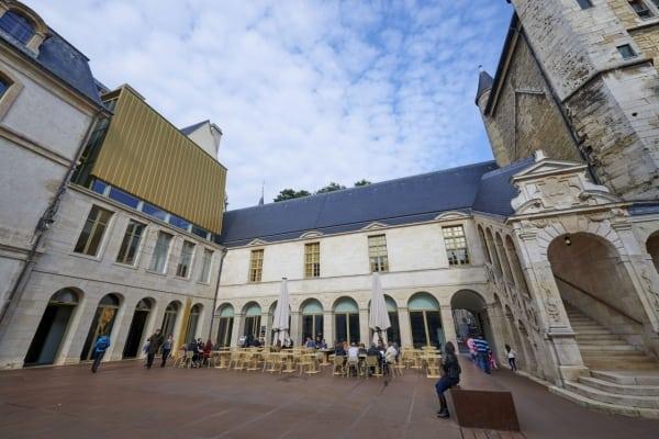 La cour de Bar du Musée des Beaux-Arts de Dijon