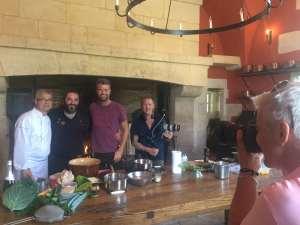 Quand la télé américaine s'invite au château d'Ancy-le-Franc avec deux chefs étoilés bourguignons