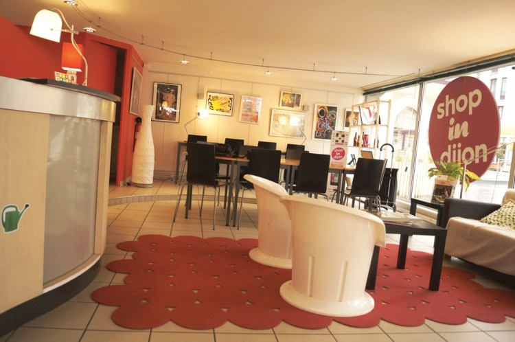 Shop in Dijon est le centre névralgique de l'action commerçante à Dijon. Et d'une association qui n'hésite pas à développer des liens avec la Toison d'Or, dans un souci d'harmonisation de l'offre. ©Christophe Remondière