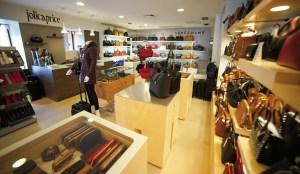 Pour s'offrir un « joli caprice », la boutique du 29 place Bossuet ne manque pas d'arguments. En plus des traditionnels produits Longchamp, Alexandre Jolly se positionne sur d'autres articles en vogue.