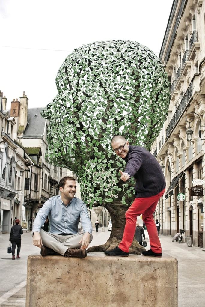 Particulièrement attachés au centre-ville et à la vitalité de ses artisans-commerçants, Matthieu Honnorat et Denis Favier pronent plus que jamais unité et complémentarité. Persuadés que le statut changeant de Dijon est un train à prendre, ils lancent un appel aux professionnels comme aux clients : « I want you ! »