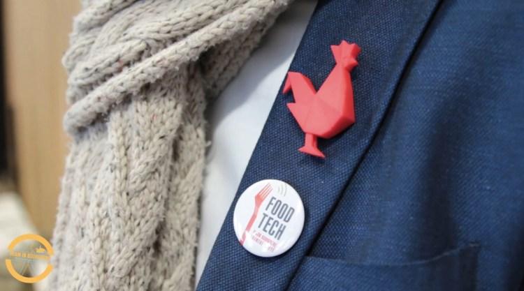 French Tech a adopté le coq pour emblème. Pour Xavier Boidevezi, il est « l'outil de notre visibilité et (ses) déclinaisons sont on ne peut plus visibles», afin de fédérer les milliers de startups françaises.