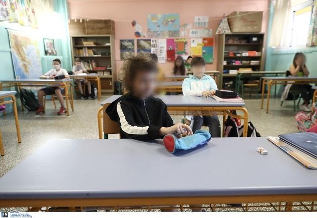 Στο τραπέζι να μην ανοίξουν την 1η Φεβρουαρίου Γυμνάσια και Λύκεια