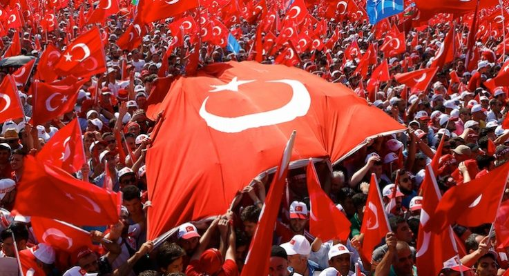 Darbe girişimi   Erdoğan Yenikapı'da: Vatandaşlarımızın gazası mübarek olsun