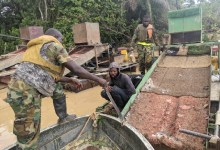 Soldiers-fighting-galamsey
