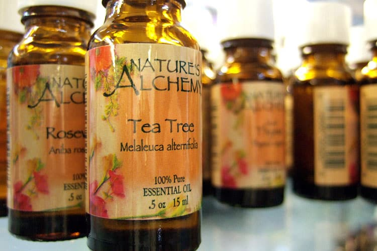 tea tree oil per le bolle in bocca