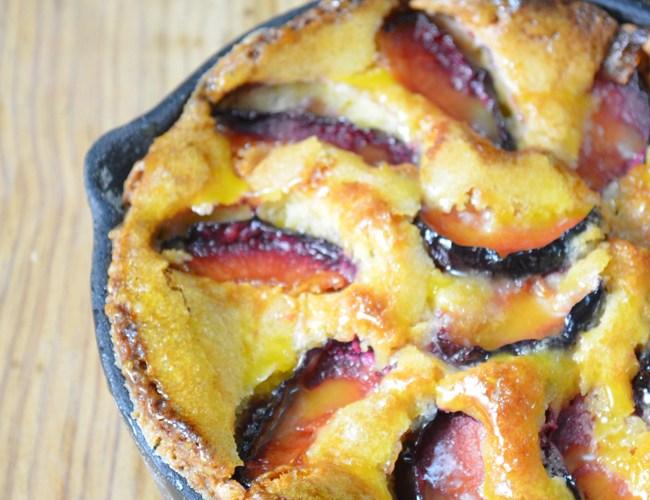 Plum Cake – Pastel de ciruelas, en sarten