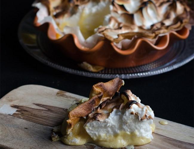 Tarta de limón y mascarpone con merengue