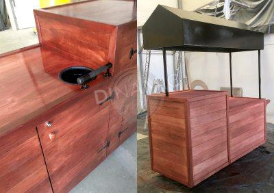 Mobiliario publicitario madera