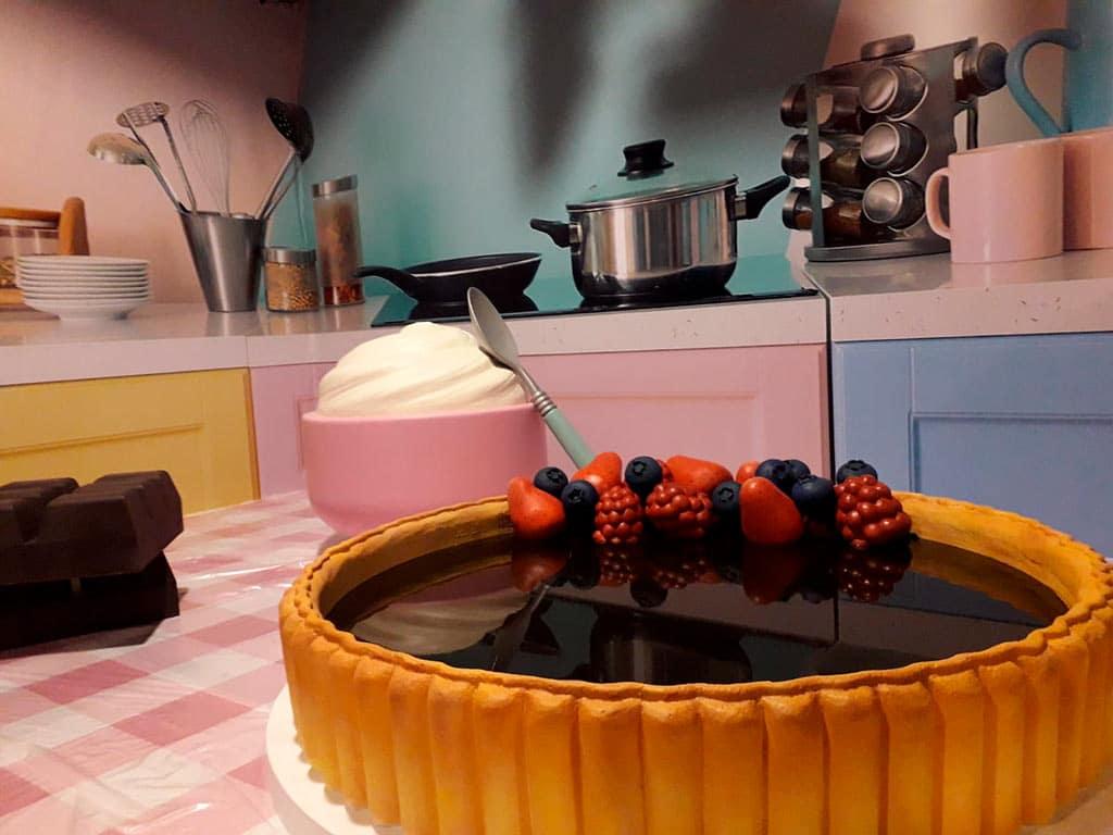 Construcción de decorados para Master Chef piscina chocolate terminada