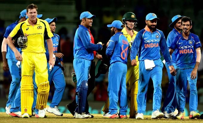 aus tour of india-india won in 2ODI