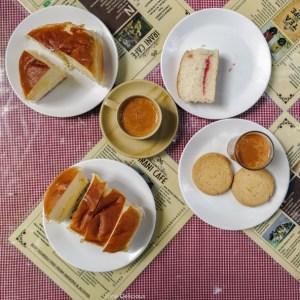 Bun Maska Chai Irani Cafe