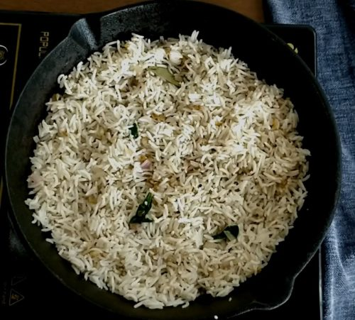 Burnt Garlic Basil Rice Recipe
