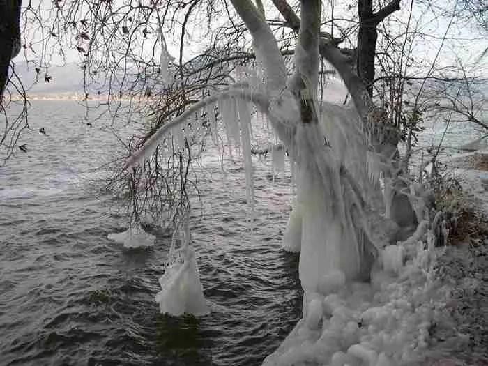 Η λίμνη της Καστοριάς