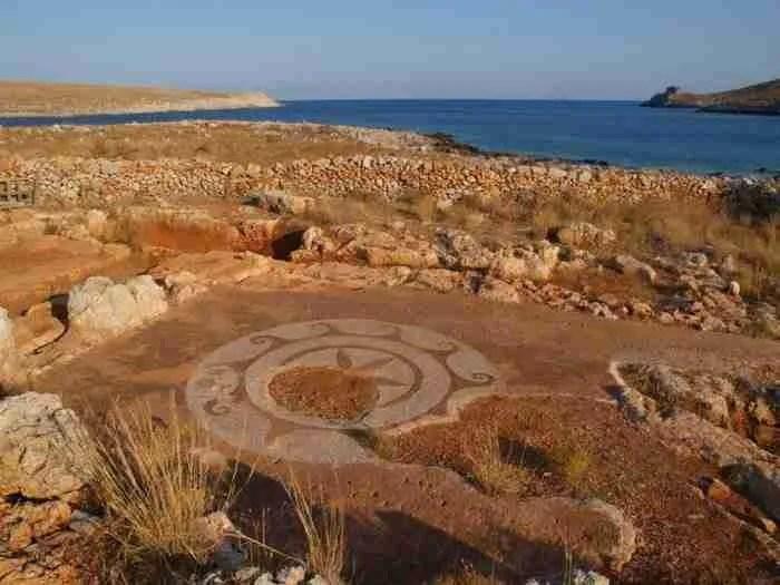 Ακρωτήριο Ταίναρο: Το νοτιότερο και πιο μυθικό άκρο της Ευρώπης