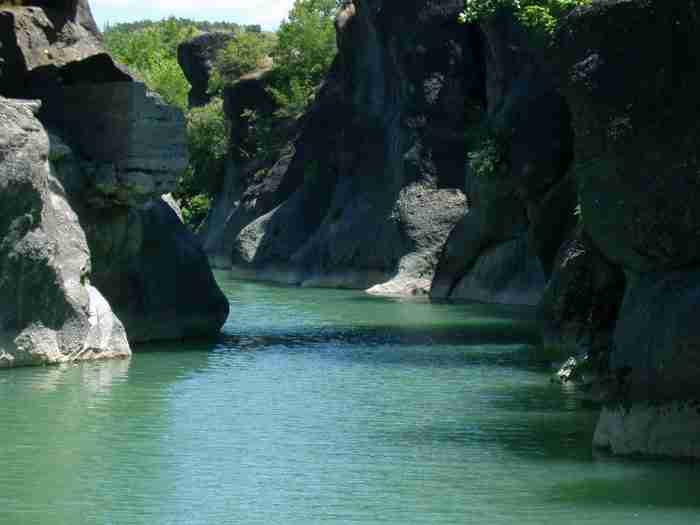 Ένας από τους ωραιότερους ποταμούς της Ελλάδας βρίσκεται στα Γρεβενά!
