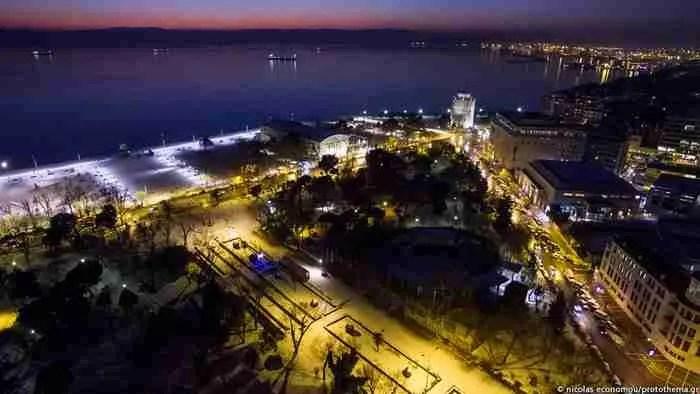 Η χιονισμένη Θεσσαλονίκη μέσα από ένα μαγευτικό βίντεο από ψηλά