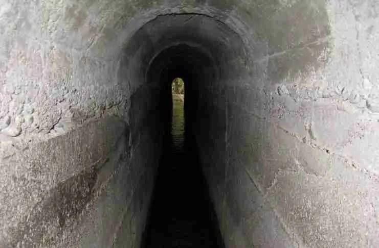 Το τούνελ στη Ρόδο που σε μεταφέρει σε μια.. άλλη διάσταση!