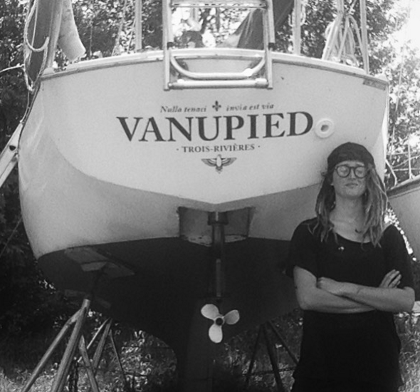 emily greenberg, dinghy dreams, lake champlain sailing, live aboard sailor girl, sailing blog
